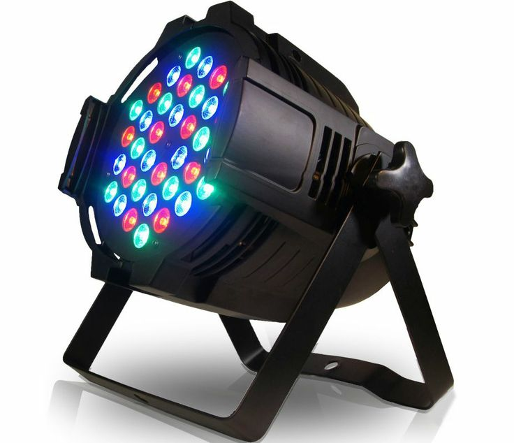 Canhão PAR64 LED 3W RGB DMX Áudio-Rítmico R$ 319,90. 36 LEDs, 7 canais DMX, auto, master/slave, 1670 tipos de mudança de cor, strobo, digital, alça dupla. Comprar em http://www.aririu.com.br/canhao-par-64-led-3w-refletor-de-leds-rgb-dmx-audioritmico_186xJM