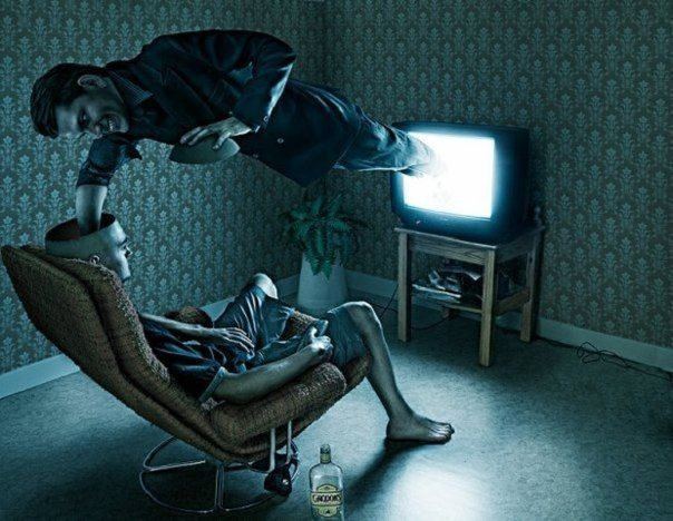 Злые клоуны рулят телевизором