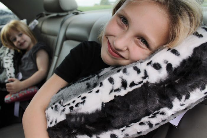 Love travelling? Seatbelt pillows are perfect for long drives. Make some DIY seatbelt pillows for a comfortable and relaxing travel. 1. Easy DIY Seat Belt Pillow YOU WILL NEED: 2 – 26″ x 6″ pieces of fabric Batting 6 – 9″ pieces of ribbon MAKE THIS PROJECT! 2. DIY Travel Seat Belt Pillow For Kids… Read More