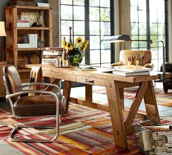 Great rug. Love the stripes, but also the warm colours. They contribute to a cosy and welcoming atmosphere in the room, but also create interest in the room that is predominantly furnished with wood.