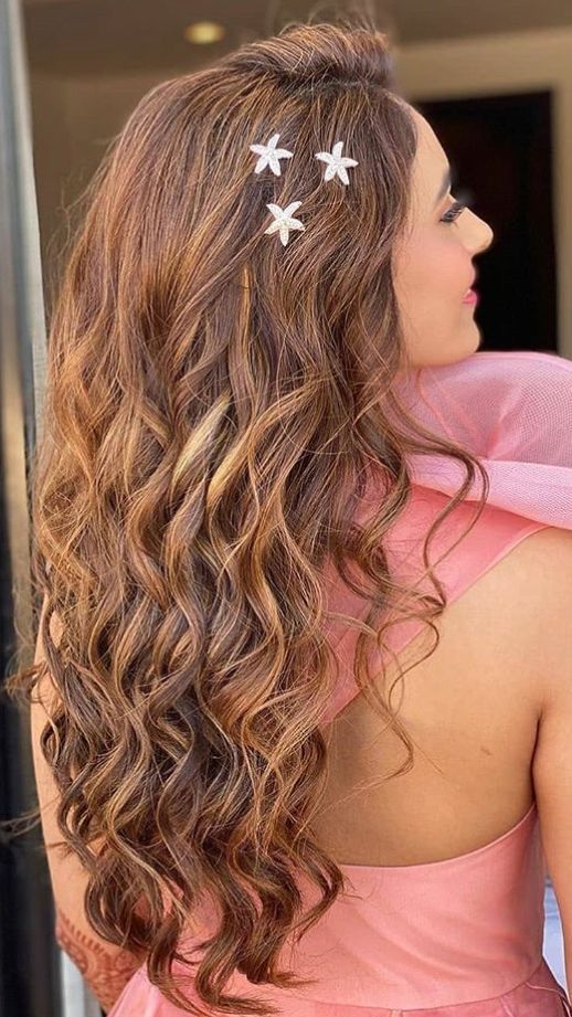 Hairstyle Ideas And How To Do Them Hairstyle Ideas For Homecoming 13 Hairstyle Ideas Hairstyle In 2020 Hair Styles Growing Out Short Hair Styles Curly Hair Styles