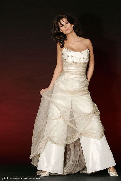 Best Taffeta Strapless Wedding jumpsuit dresses with tulle Wedding Pant Suits