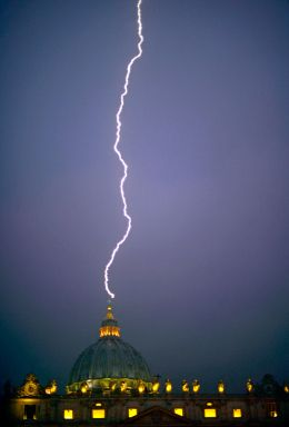 Lightning Strikes St. Peter's Basilica the Day Pope Benedict XVI Resigns