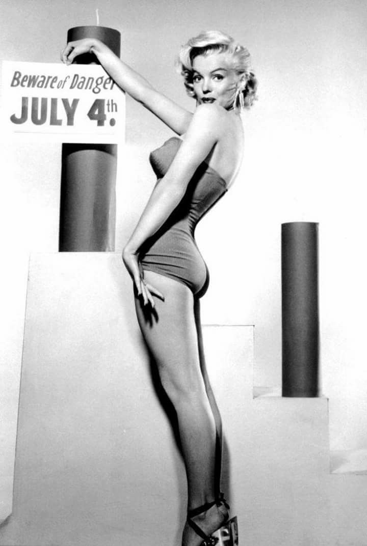 Happy 4th of July Marilyn Monroe photographed by Bert Reisfeld, 1953.