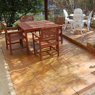 Pour rendre tendance votre terrasse utilisez le Colorbéton. Vous obtiendrez un design lustré et teinté. Profitez d'un concept qui fait fureur aux Etats-Unis !