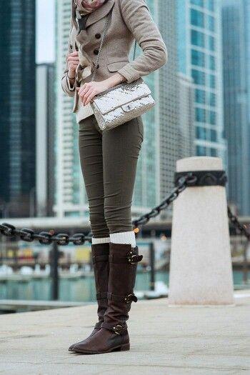 Los días de invierno se acaban, aprovecha para usar botas y lucir de lo más chic! http://www.linio.com.mx/moda/calzado-para-dama/?utm_source=pinterest&utm_medium=socialmedia&utm_campaign=MEX_pinterest___fashion_botas_20140128_20&wt_sm=mx.socialmedia.pinterest.MEX_timeline_____fashion_20140128botas20.-.fashion