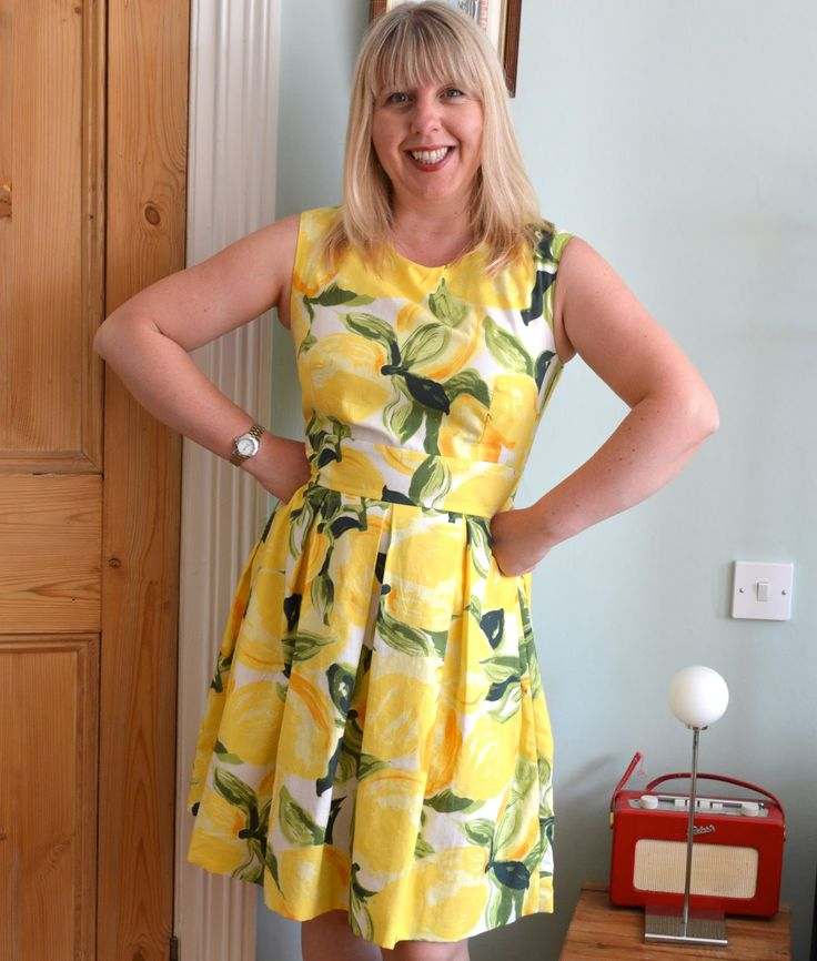 Beautiful summery lemon Mortmain by Handmade Jane - stunning! http://www.handmadejane.co.uk/2014/07/lemon-dress-with-nod-to-kate-spade.html