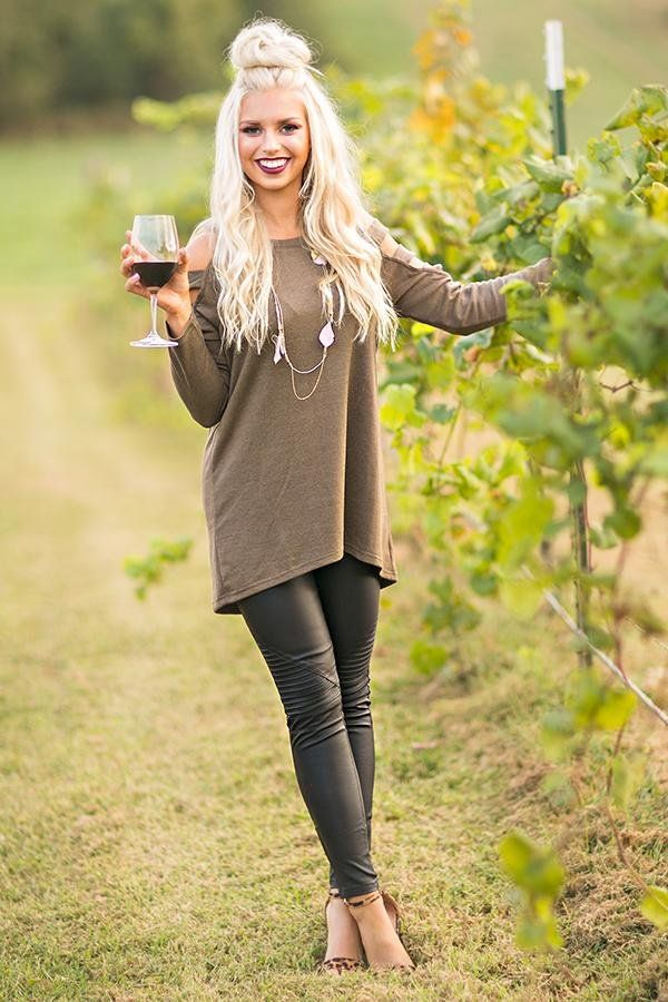 Coffee Date Tunic Sweater in Olive $34.00 Perfect date night outfit