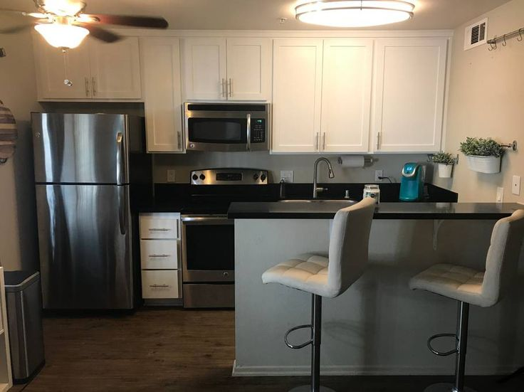 Entire home/apt in Huntington Beach, US. ENTIRE studio for rent in a gated complex located in the corner of Huntington Beach  Two blocks from the HB state park. Absolutely perfect for the US Open and other vacation activities!  Walking distance to the Pacific City shops and restaurants a...