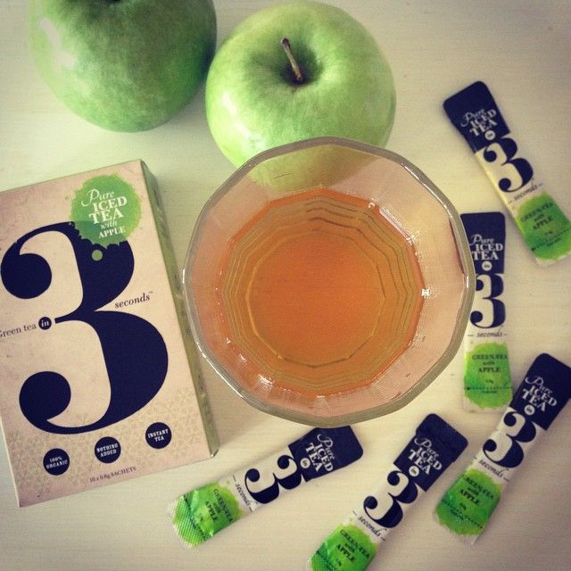 90% green tea + 10% apple.  That's it. Pure, clean and healthy hydration.