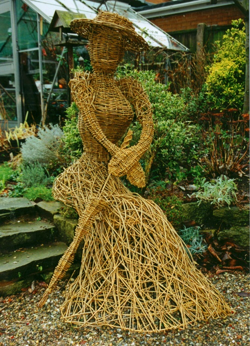 Fab willow sculpture by www.twigtwisters.co.uk