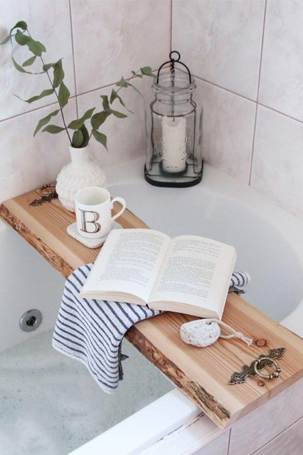 So machst du eine Badewannenablage aus Holz selber! #DIY #Holz #Badezimmer www.w… – DIY UPCYCLING UND BASTELN // stilles bunt