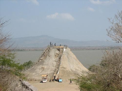 Volcan del Totumo entre Cartagena y Barranquilla.
