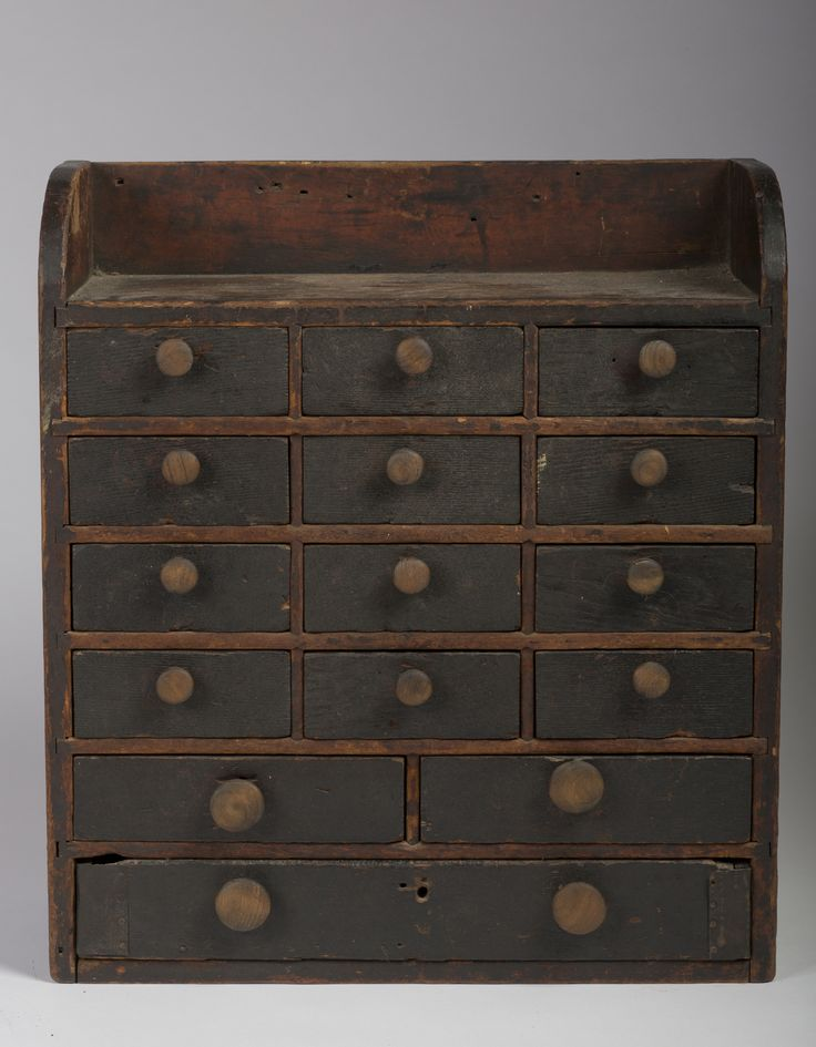 EARLY AMERICAN PRIMITIVE PAINTED SPICE CABINET. | Northeast Auctions