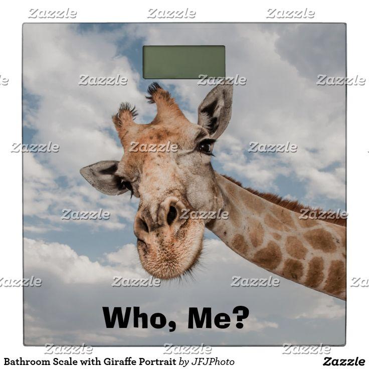Bathroom Scale with Giraffe Portrait