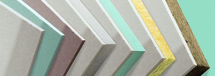 Lastra di gesso rivestito PREGYPLAC BA a bordi assottigliati (BA) dello spessore di 9,5 mm.  NORMATIVA DI RIFERIMENTO: UNI EN 520.  TIPO DI LASTRA secondo gli ITT (Initial Type Test): A.  IMPIEGO: elementi decorativi, pareti, contropareti, controsoffitti, rivestimento o rettifica della planarità di pareti verticali o inclinate.