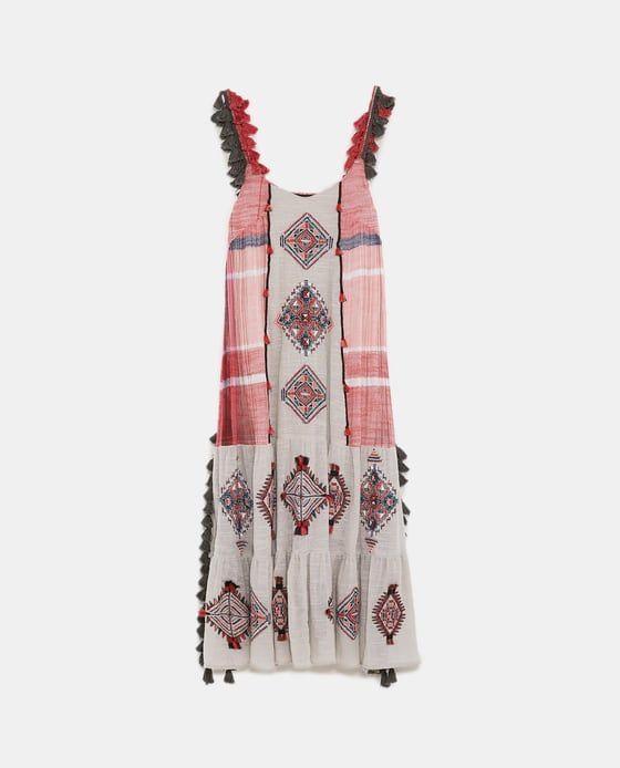 Vestido largo bordado borlas zara