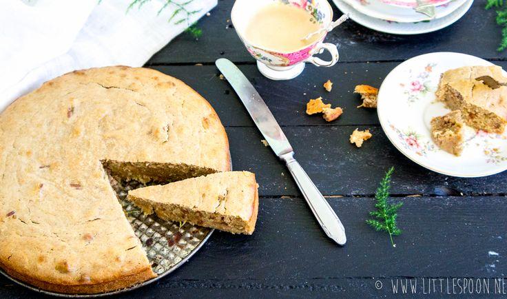 Courgettecake  70 ml olijfolie 25 g honing 16 punten= 4,8 sp ww