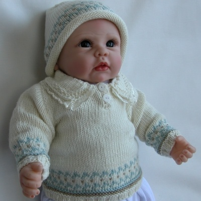 PETER Sweater - matching hat, socks and soft toy . . .