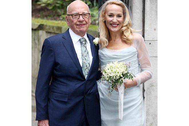 祝結婚伝説のモデルジェリーホールとメディア王のルパートマードックの祝賀セレモニーから