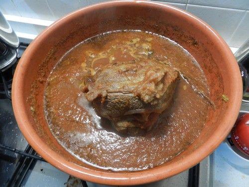 U tuccu sugo di carne legato alla tradizione genovese, caratterizzato dalla lunga cottura, spesso domenicale, di un pezzo di carne intero.
