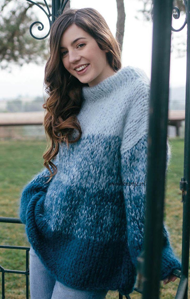 Breien. Voor de beginners (en de rest) onder jullie deze trui gemaakt met Katia Ingenua. Deze mohair is van een zeer mooie kwaliteit. Het is een zachte en fluffy wol. Deze aantrekkelijke trui met een kleurovergang effect van 4 verschillende tinten dat verkregen wordt door slechts met 2 kleuren te breien.  Model en patroon staan beschreven in het patronenboek Katia Beginners No. 5 (model 24). Katia BEGINNERS 5 pag 17kopie.jpg