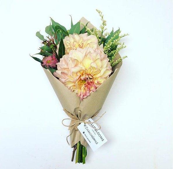 Get a flower bunch for $35 only!   #Melbourne #yellow #pink #Victoria #Flowers #aussiemade #australia #melbourneflorist #flowerpower #aussie #instaaustralia #Australia #melbourneflowers #melbournegifts #victoriaflowers #melbournegirls #posy #flowerbunch