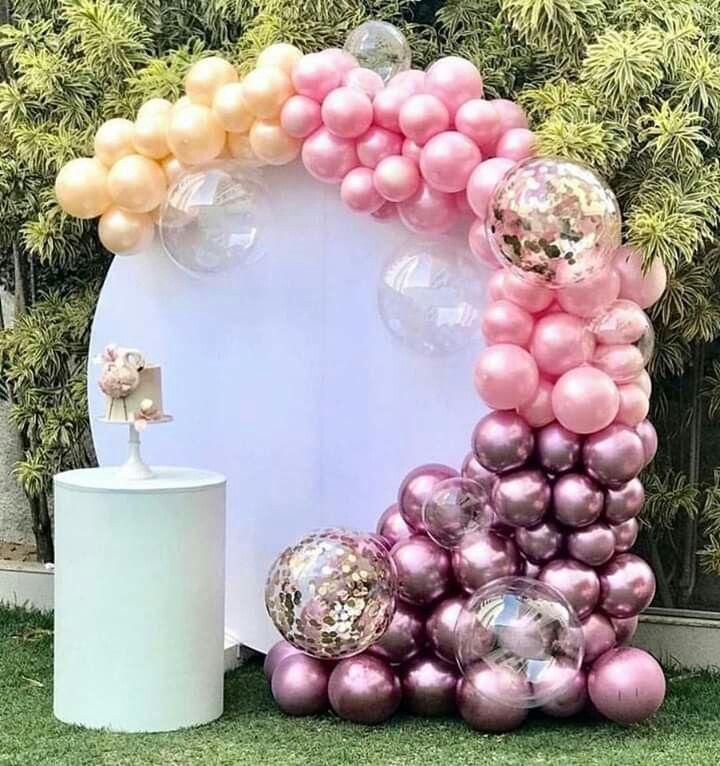 Balloon Decorations For Wedding Reception Ideas: Photo Props: Balloon Backdrops #wedding #backdrops