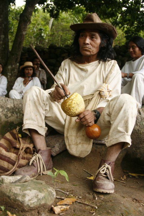 Tour to Lost City In Colombia, Indigenous kogui mamo