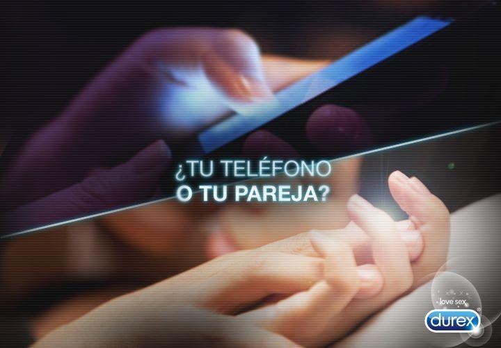 Que es lo primero que tocas cuando te levantas tu teléfono o tu pareja?