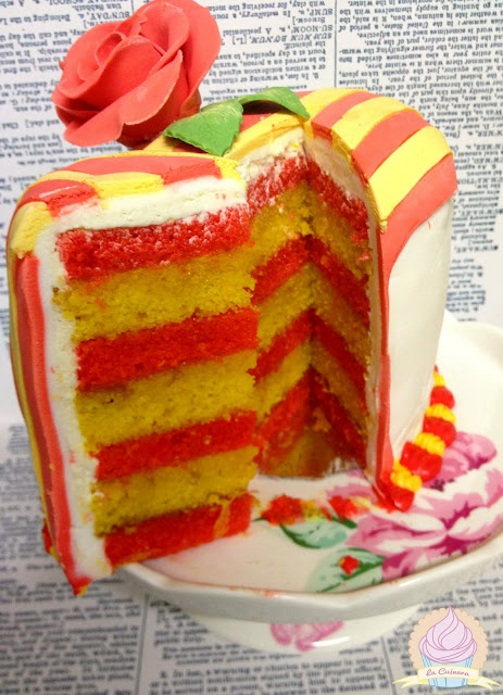 Saint George Cake in Catalonia. Pastís de Sant Jordi (La Cuinera) 23 Abril