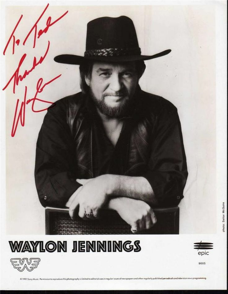 Signed Waylon Jennings Photo 1991 Clean Shirt Autograph