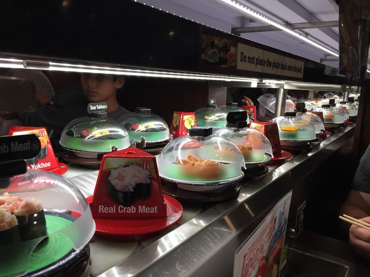 [I Ate] At a revolving Sushi Bar in Cupertino CA