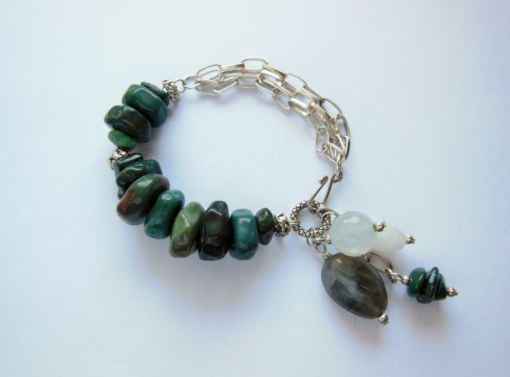 Agates, labradorites & quartz by Tsarina Design