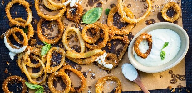 LCHF onion rings With a chili and sour cream dip. These little fried nuggets of yumminess are utterly divine.