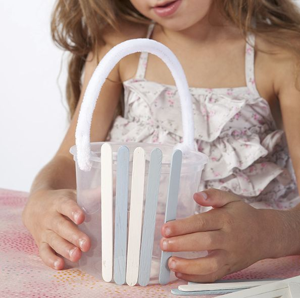 Kids easter craft. Make a cute pop stick basket. Perfect for collecting eggs! Tara Dennis.
