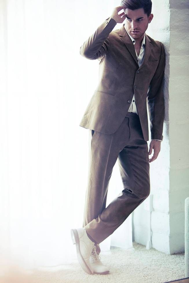 OMG! Adam Lambert http://40.media.tumblr.com/ceaf211bad2e0aa19c0603bb8ba9d0bf/tumblr_nwiecckOCj1r7uv3no4_1280.jpg … http://austinhargrave.tumblr.com/post/131544266781/adam-lambert-110-degrees-in-la-but-adam-lambert …