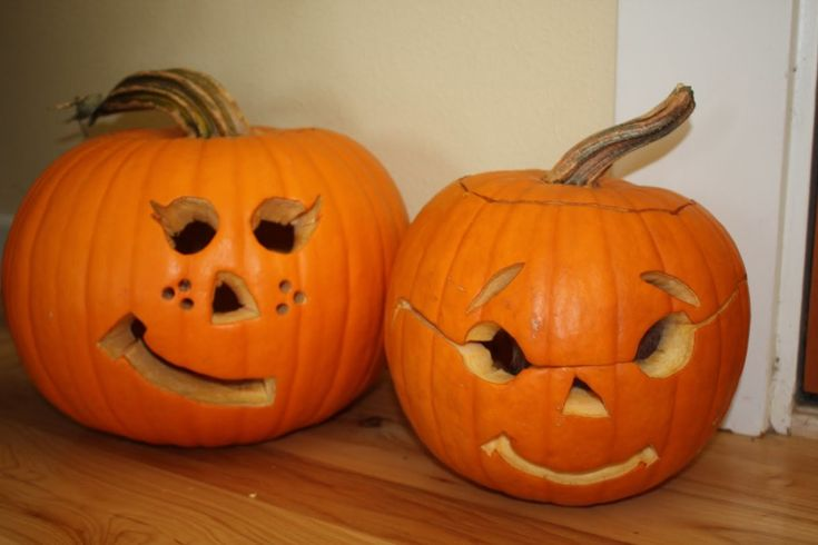 Enchanting Accessories For Halloween Decoration With Cute Couple Pumpkin Carving Ideas: Fantastic Accessories For Kid Halloween Design And Decoration Ideas Using Decorative Boy And Girl Cute Couple Pumpkin Carving ~ fendhome.com Decorating Ideas Inspiration