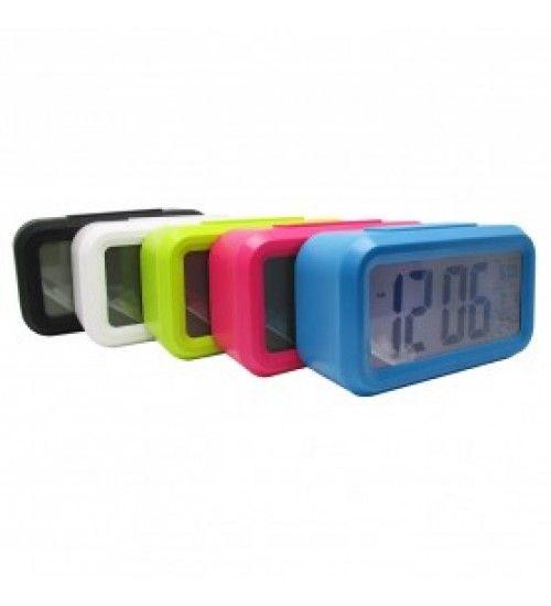 Jual Digital Desktop Smart Clock - JP9901 - Black  Merupakan sebuah jam digital dengan design yang modern dan menarik serta tersedia berbabgai macam warna. Jam ini cocok untuk Anda simpan dikamar Anda dan dapat digunakan sebagai jam waker.  sangat cocok untuk anda letakan di meja kerja anda atau meja belajar anda selain dapat memperindah ruangan anda product ini juga berfungsi sebagai jam waker anda