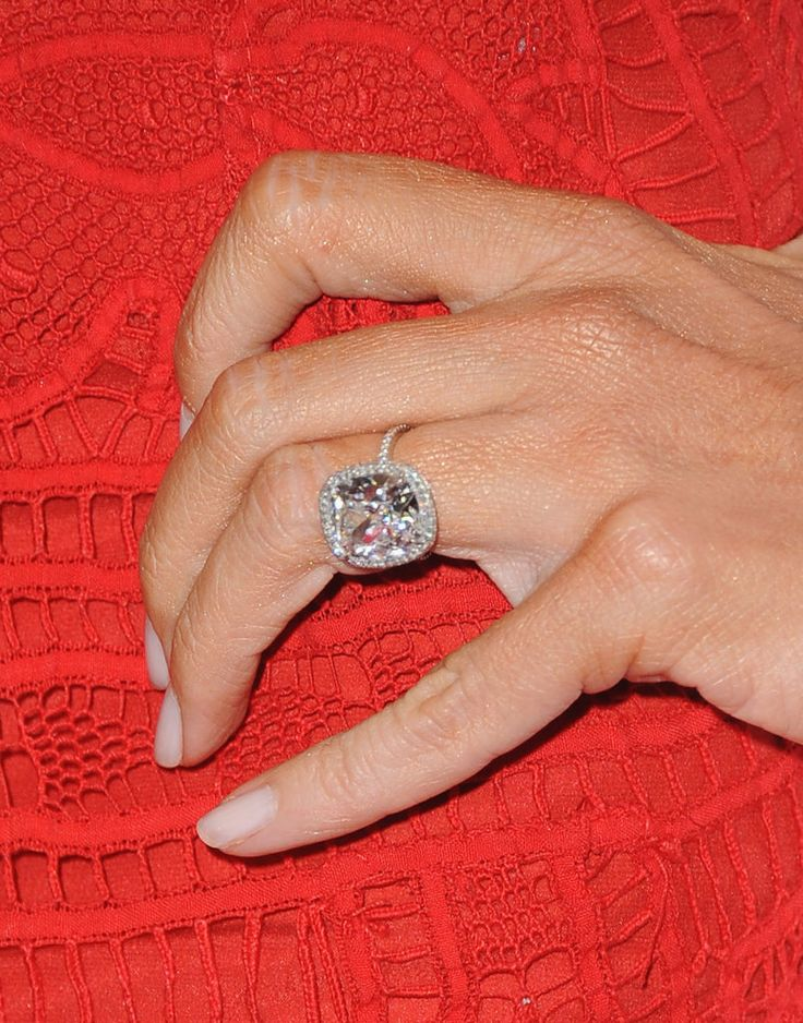 Sofia Vergara's wedding ring will inspire your dream band.