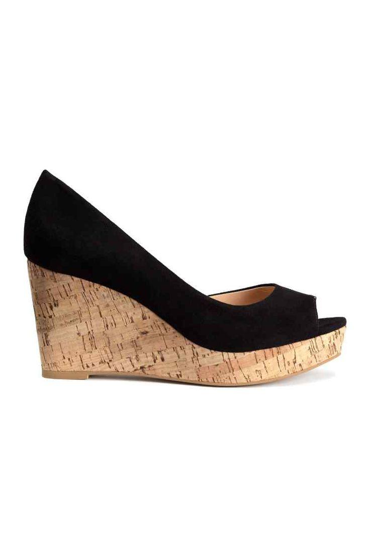 pi di 25 fantastiche idee su chaussure a talon compens su pinterest talon compens t. Black Bedroom Furniture Sets. Home Design Ideas
