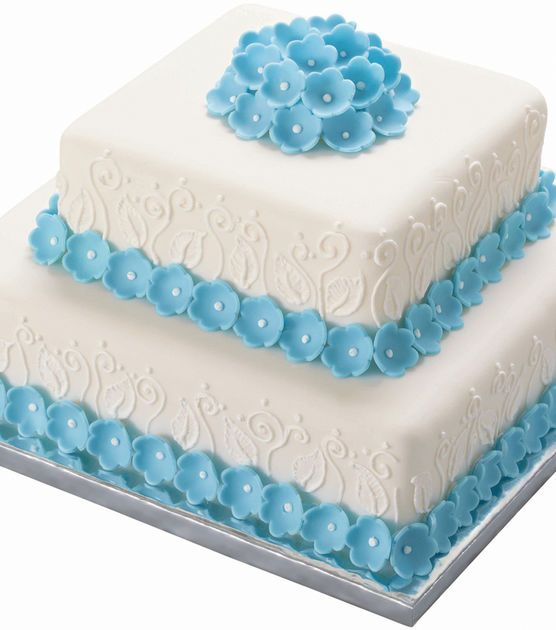 These platters are strong enough to hold heavy decorated cakes without an additional serving plate. They are perfect for all types of cakes and craft creations and mdash;fondant cakes, stacked tiers,