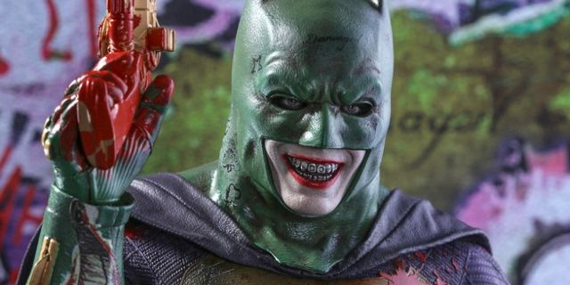 'Suicide Squad' Director Sets The Record Straight On Joker Batman Suit
