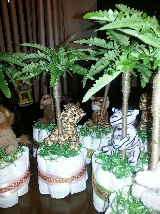 Diaper cake safari babyshower centerpieces by wendy perez