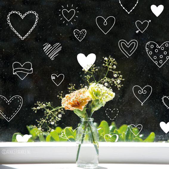Hartjes #raamtekening, om op je raam te tekenen op de speciale dag, valentijn, of gewoon als je elkaar heel lief vind.
