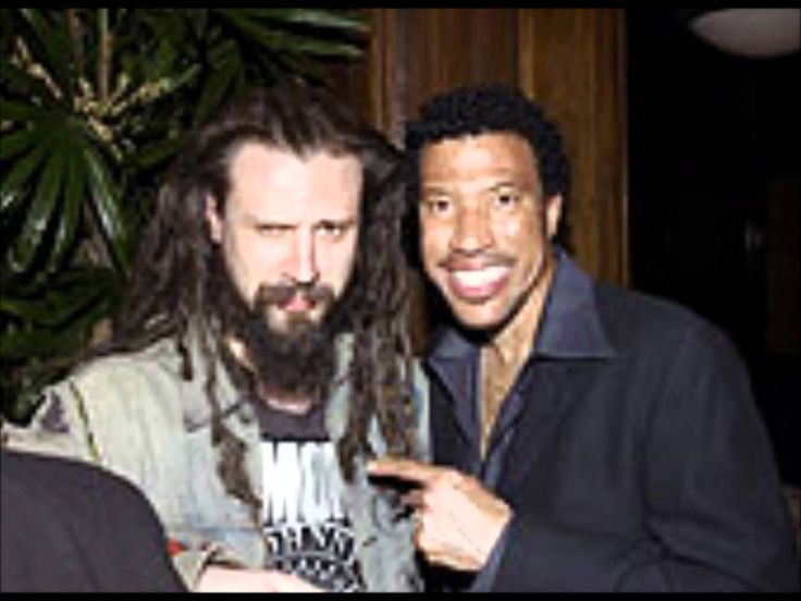 Rob Zombie, Lionel Richie and Trina - Brick House  (...strange mix Rob &Lionel ) seriously odd but like it