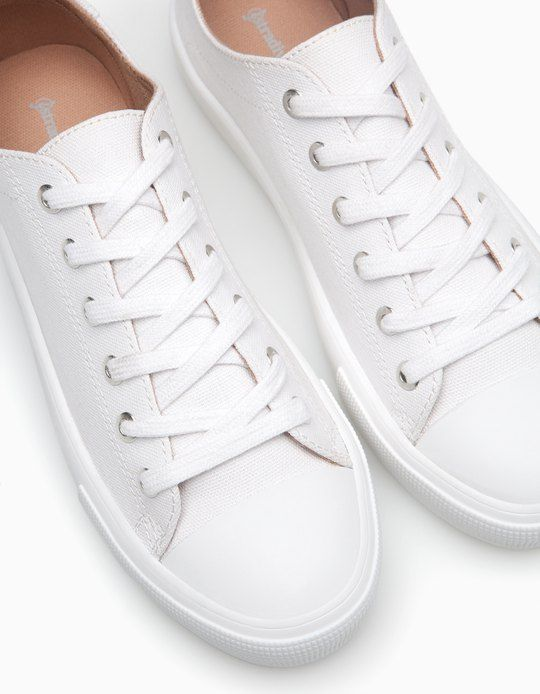 At Stradivarius you'll find 1 White plimsolls for woman for just 1590 PHP . Visit now to discover this and more SNEAKERS.
