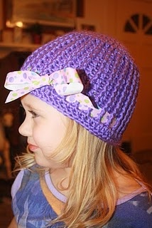 hat with a bow crochet pattern
