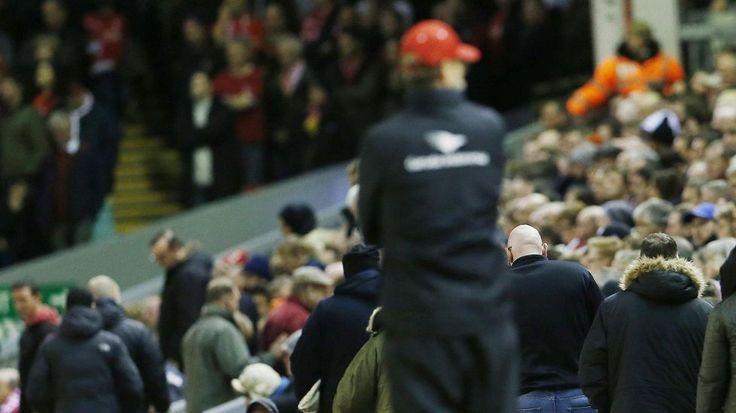 """Klopp hämmästeli Liverpoolin faneja tappion jälkeen: """"Tunsin oloni yksinäiseksi"""""""