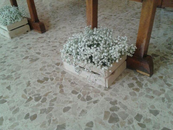 Decoración del pasillo con paniculata. Una boda con la paniculata como protagonista #boda #paniculata #decoracióndeboda